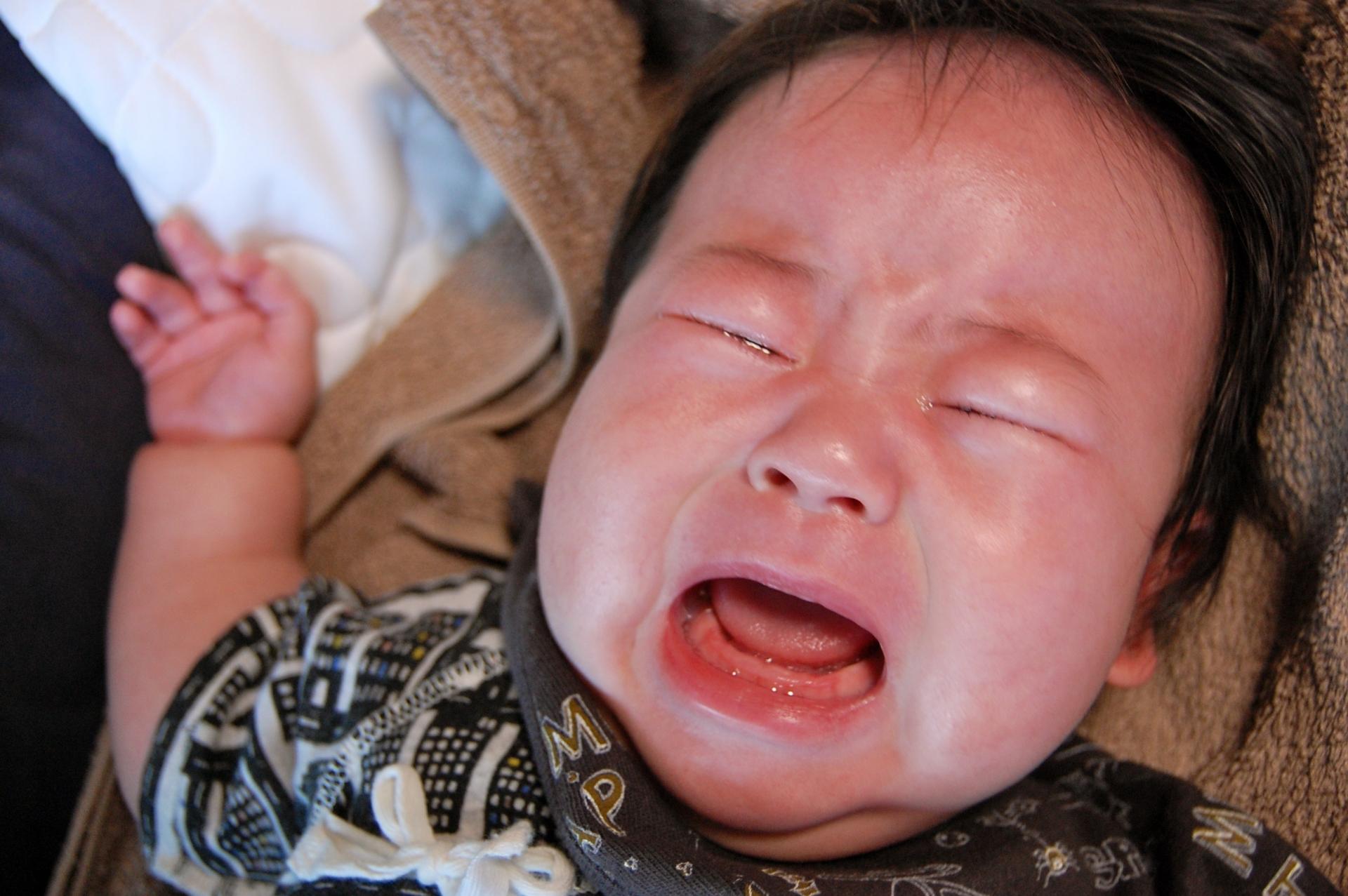 1歳半の赤ちゃんのママ必見!誰だって夜泣きでイライラする!