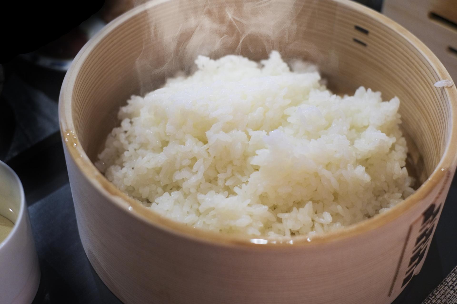 ご飯を冷蔵庫で保存するとパサパサになるワケ!ご飯の保存方法