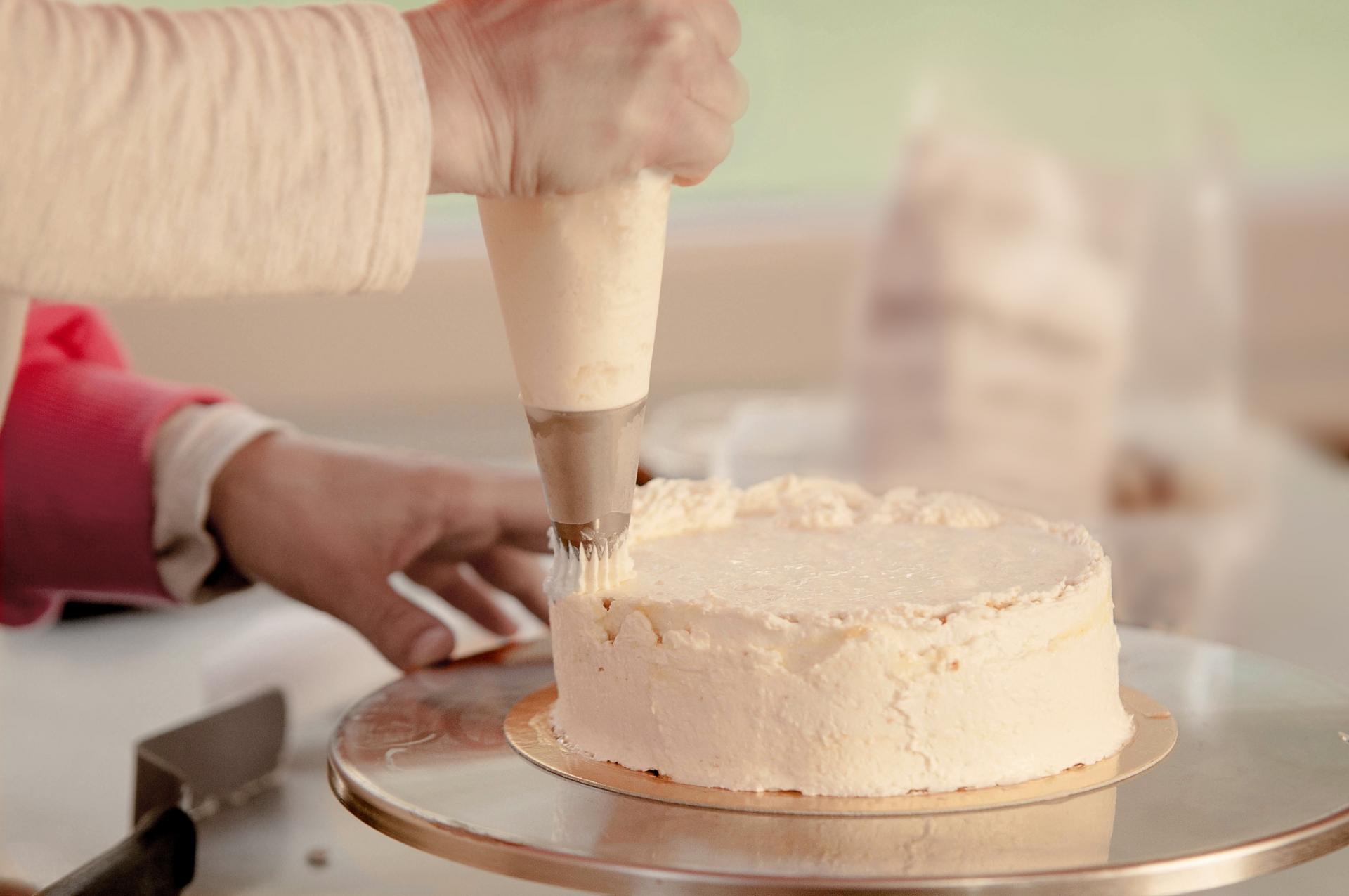 生クリームの泡立て方を簡単にできる方法やポイントをご紹介!
