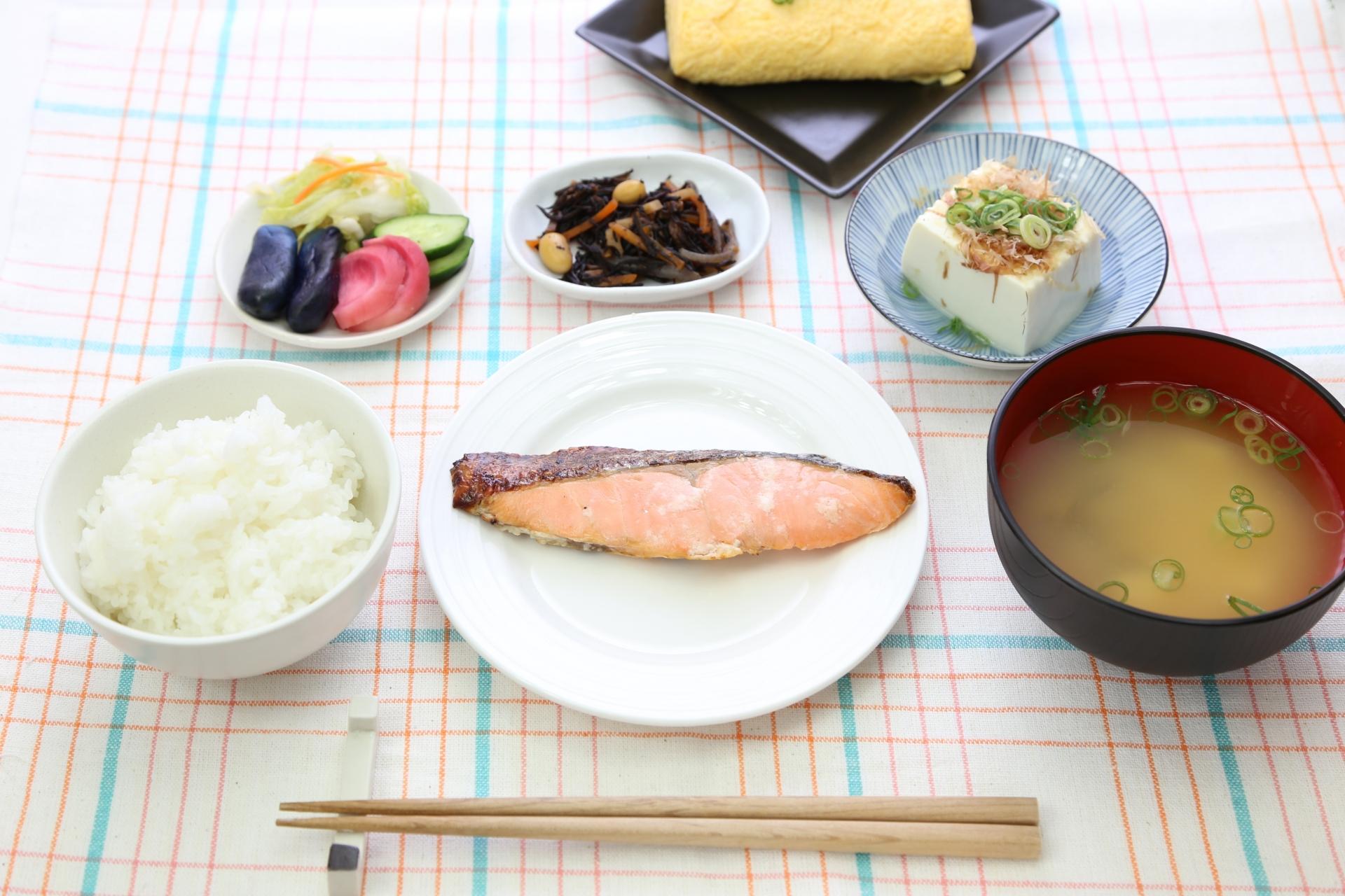 ご飯に味噌汁、漬物!昔ながらの和食をもう一度見直そう
