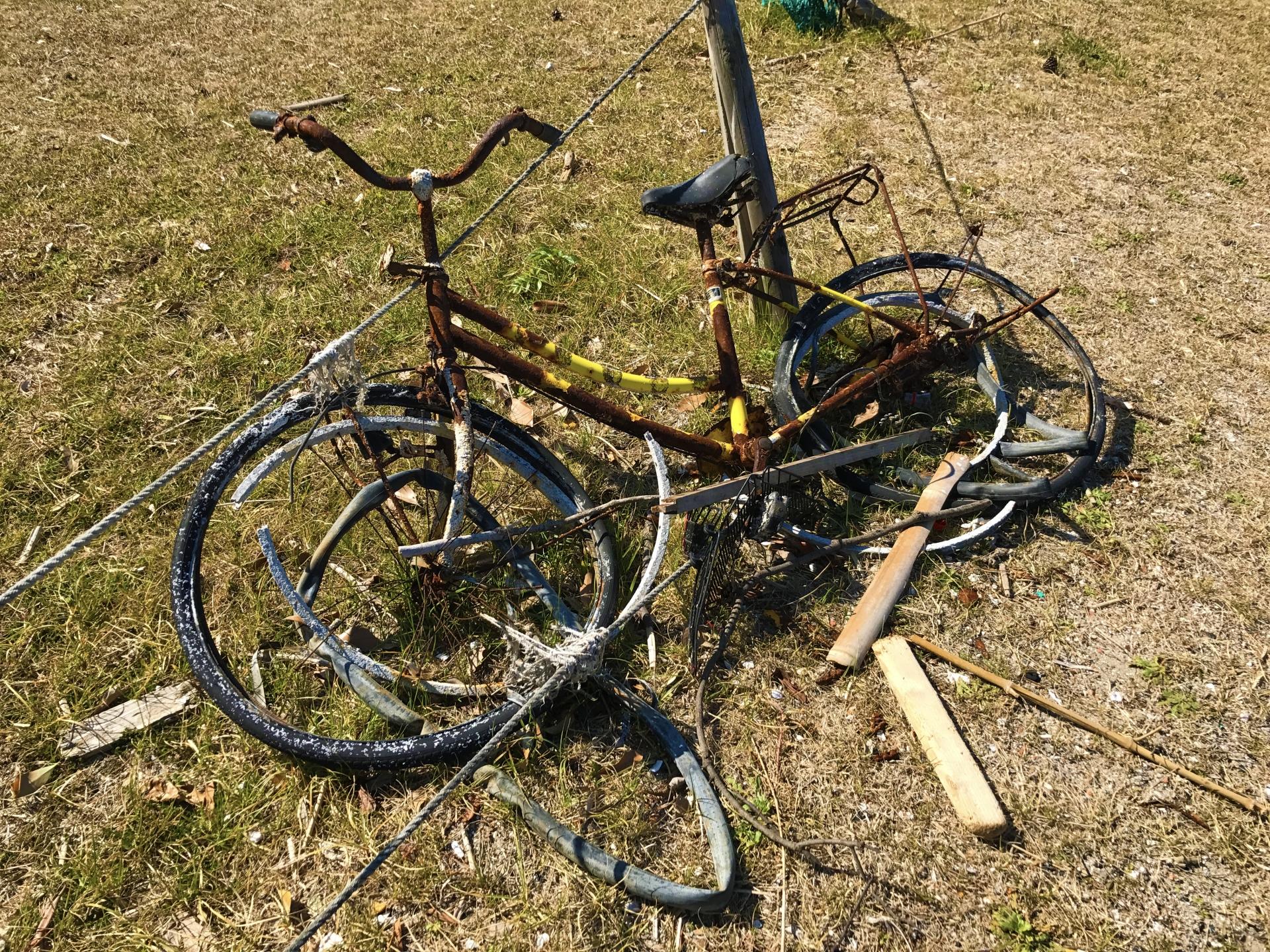 自転車の盗難は被害届を出すのが基本!盗難予防はツーロック