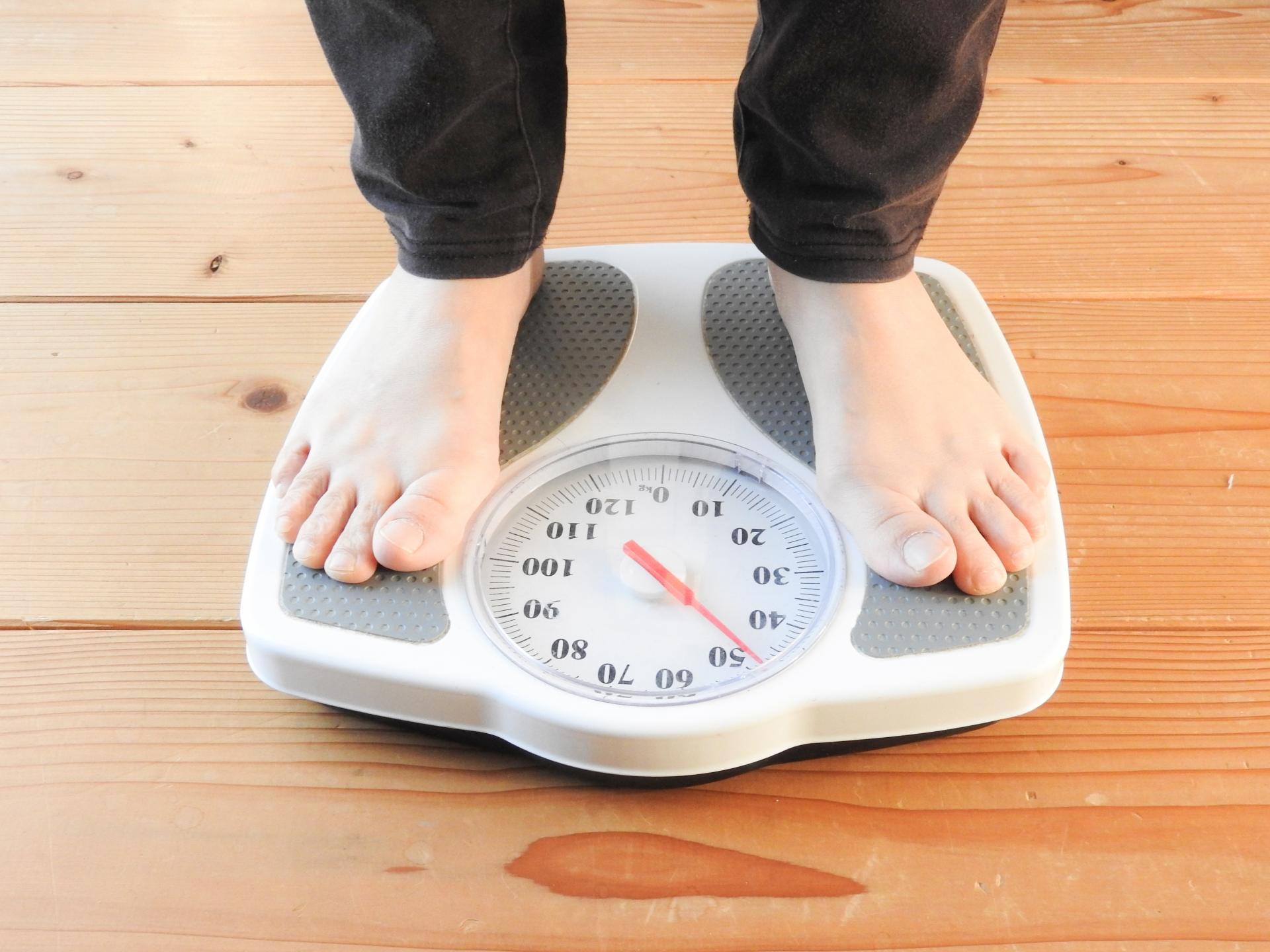160cmだと体重はどのくらいが標準?女子が気にする体型とは