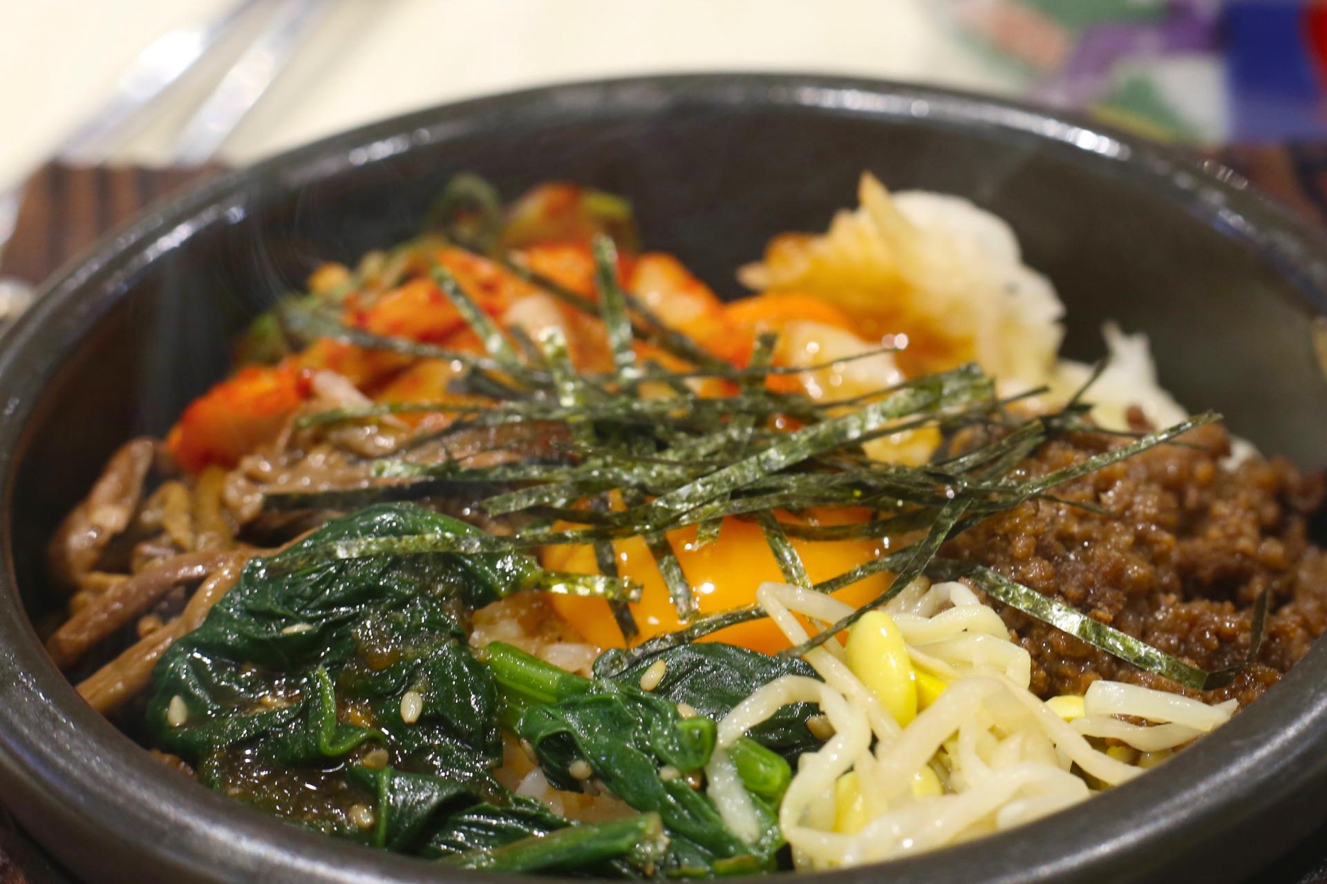 ビビンバの正しい食べ方は混ぜる?韓国の食事のマナーも紹介!
