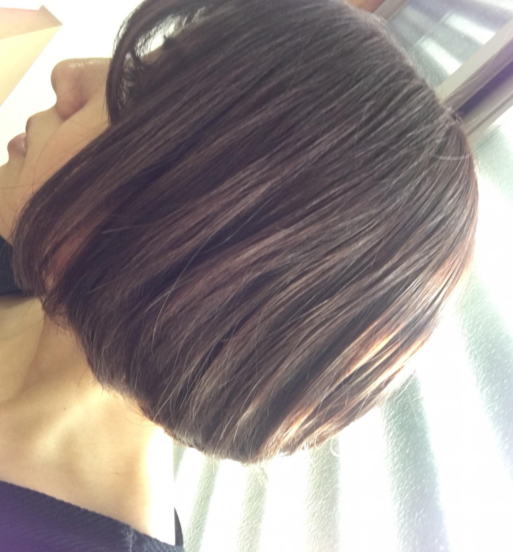 髪型も巻き方しだいでミディアムヘアが可愛くなる!
