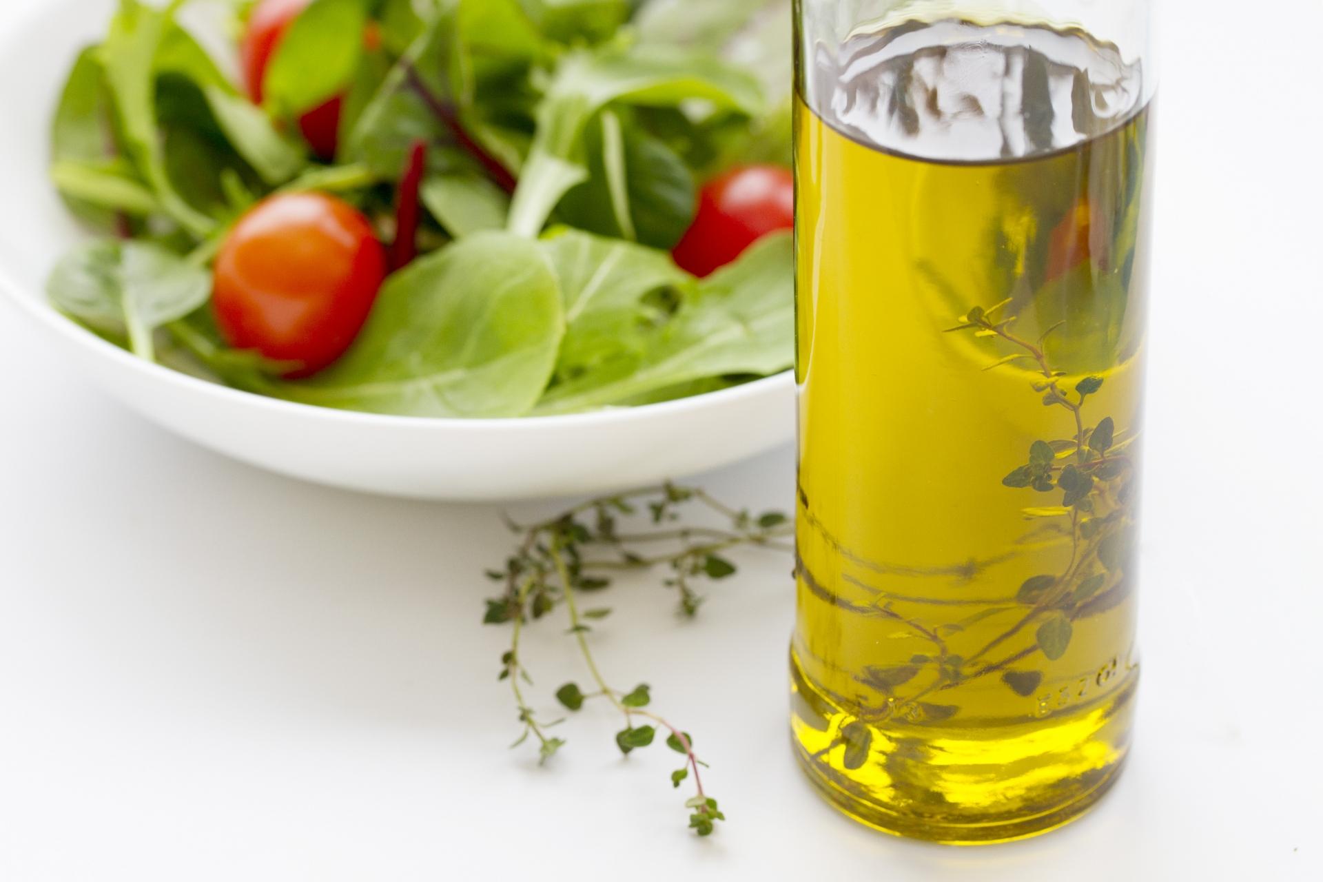 ダイエットにも!レモン汁ドレッシングで食べる簡単サラダ!
